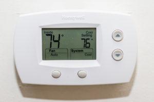 Honeywell FocusPro 5000 non-programmable Thermostat