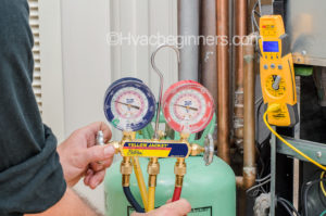 Hvac tools - heat pump maintenance checking refrigerant charge